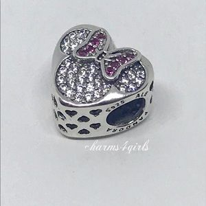Pandora Disney Mickey and Minnie true love heart